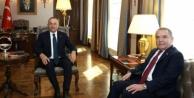 Bakan Çavuşoğlu, Başkan Böcek#039;i ağırladı
