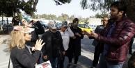 Alanya'daki kedi katliamı için kedi maskesi taktılar