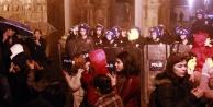Kadınların 8 Mart yürüyüşüne polis engeli