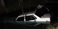 Otomobil su kanalına uçtu