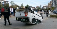 Araç takla attı: 2 yaralı var