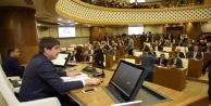 Büyükşehir Meclisi Başkan Türel'e yetki verdi