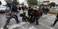 İzinsiz açıklamaya polis müdahale etti