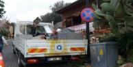 Kale Yolu'ndaki trafik levhaları yenilendi