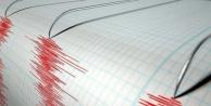 Akdeniz'de korkutan deprem: 4.6