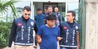 'Polis ve savcı' yalanıyla yaşlı kadını 100 bin TL dolandırdılar