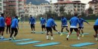 Alanyaspor Konyaspor'a bileniyor