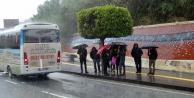 Turizm çalışanlarının yağmur çilesi