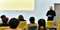 Antalyalı kadınlara 'sosyal medya okuryazarlığı' eğitimi
