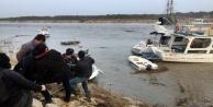 Fırtına tekneleri vurdu! Tur teknesi sürüklendi