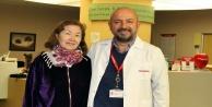 Kazakistanlı kanser hastası Türkiye'de şifa buldu