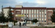 2 kız öğrenciyi sınıfta dakikalarca darp eden 8 kişi yakalandı