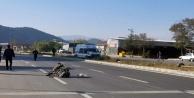 Alanya'da iş makinesiyle motosiklet çarpıştı: 2 yaralı