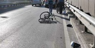 Alanya'da otomobilin çarptığı bisikletli Rus kadın ölümden döndü!