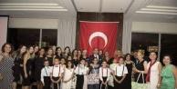 Alanyalı öğrencilerden Dubai'de gururlandıran gösteri