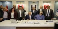 CHP eski Genel Başkanı Baykal'dan Başkan Böcek'e ziyaret