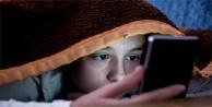 Çocuklarda akıllı telefon kullanımına dikkat