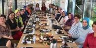 AK Partili kadınlar kahvaltıda buluştular