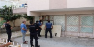 Depoda mahsur kalan yavru kedi polisi alarma geçirdi