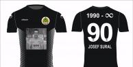 Josef Sural'ın özel tasarım formaları satışa sunuldu