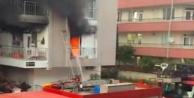 Yanan dairede korkutan patlama: 2 itfaiye eri yaralandı