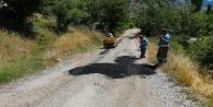 Kırsal mahallelerde yol bakım ve onarım çalışmaları devam ediyor