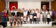 OSB Karikatür yarışmasının kazananları ödüllerini aldı