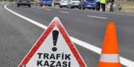 Alanya'da otomobile çarpan ehliyetsiz genç kız yaralandı