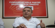 Gazipaşa'da vatandaşlarla bir araya gelen Böcek 19 ilçede kreş sözü verdi