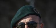Bakan Çavuşoğlu kamuflajları giydi