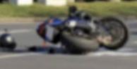 Alanya'da yola savrulan motosiklet sürücüsü yaralandı!