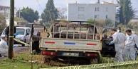 Yanan kamyonette küle dönmüş erkek cesedi bulundu