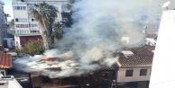 Antalya'da tarihi ahşap yapıda yangın