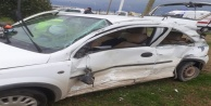 Otomobil ile otobüs çarpıştı, bir kişi ağır yaralandı