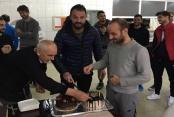 Kaptan Haydar'a doğum günü sürprizi