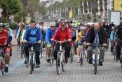 Yücel'den bisikletli start