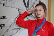 Çavuşoğlu'ndan Dünya Şampiyonu'na tebrik