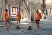 Alanya'daki camilere bayram bakımı