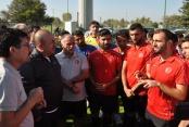 Bakan Çavuşoğlu'ndan, milli takıma moral ziyareti