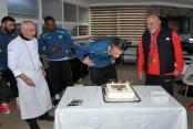Barış'a doğum günü kutlaması