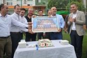 Futbolculardan Çavuşoğlu'na sürpriz kutlama
