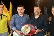Özkan'dan Başkan Yücel'e plaketli teşekkür