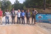 Dim'de okul yolu asfaltlandı