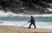Alanya sahilleri define avcılarına kaldı