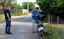 Çaldıkları motosiklet arızalandı, yardım etmek isteyenlere 'çalıntı abi dikkat et' dediler