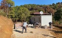 Afetzedelerin yaşadığı prefabrik evler kışa hazırlanıyor