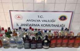 Çalıştıkları otelden 40 şişe alkol çaldılar, valizleri ele verdi