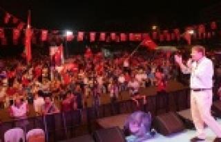 'HALK DARBECİLERE DERSİ VERDİ'