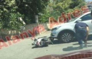Alanya'da şok kaza! Motosiklet sürücüsü...