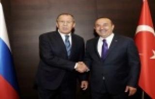 Rus Dışişleri Bakanı Lavrov'dan Golan Tepesi...